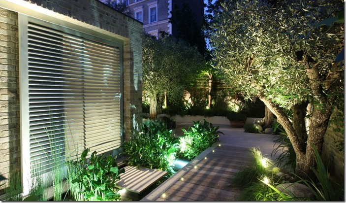Outside lights in London  garden designed by